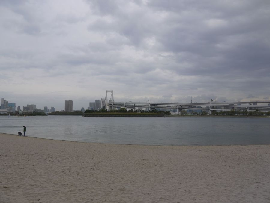 Sahilde biraz dinleniyoruz. Son 1 km, sonra varış noktası.