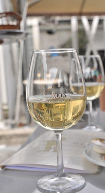 şarap tatmak isteyenler içinde bir kısım var
