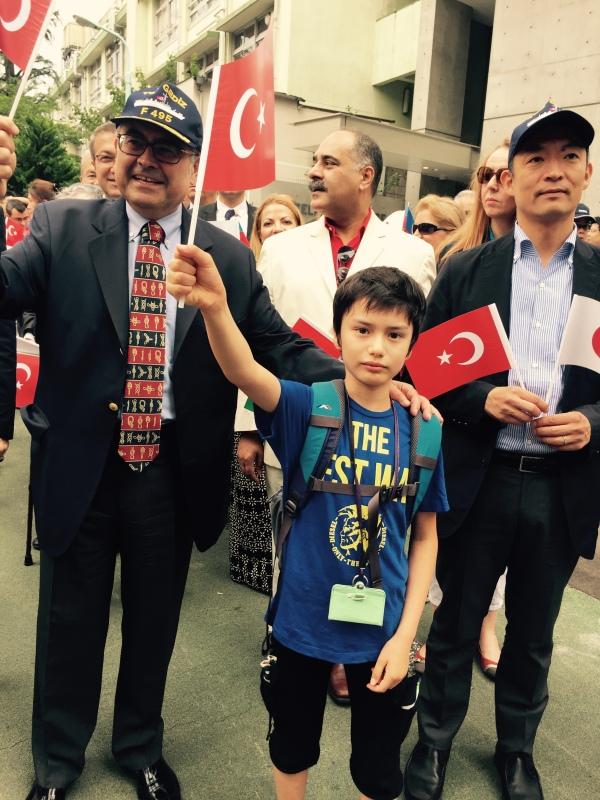 Türkiye'nin Japonya Büyükelçisi ve Shibuya Belediye Başkanı ile beraber