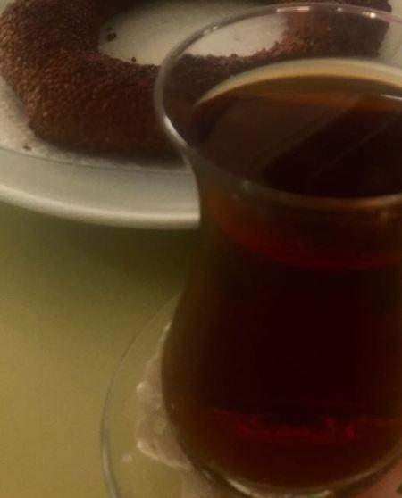 Simit ve çay