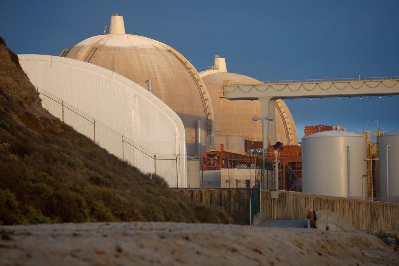 Kapatılan San Onofre nükleer güç santrali (kaynak: Bloomberg)