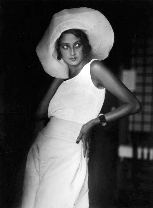 J.H. Lartigue'nin vizöründen 1930 yılında Renee Perle (kaynak: internet)